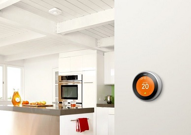 Stay cosy and warm with the Nest Learning Thermostat